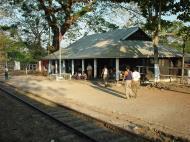 Asisbiz Yangon to Mandalay by Train Dec 2000 06