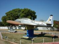 Asisbiz Mandalay Meiktila Airbase Dec 2000 05