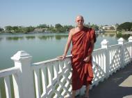 Asisbiz Mandalay Meiktila Lake Meiktila Dec 2000 06