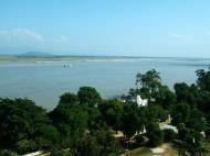 Asisbiz Mingun Pagoda views of the Ayeyarwaddy river Nov 2004 10