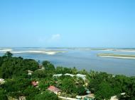 Asisbiz Mingun Pagoda views of the Ayeyarwaddy river Nov 2004 20
