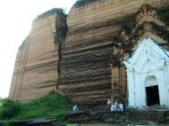 Asisbiz Mingun Pahtodawgyi or Mingun Pagoda Nov 2004 02