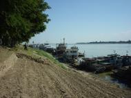 Asisbiz Monywa Chindwin river Cruise Dec 2000 02