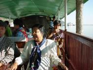 Asisbiz Monywa Chindwin river Cruise Dec 2000 07
