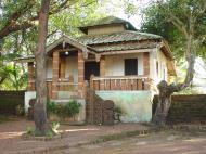 Asisbiz Martaban Bilin Kyaik Htit Saung Pagoda Monastery Sep 2000 01