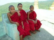 Asisbiz Mandalay Mount Popa Buddhist Novice monks Nov 2004 02