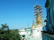 Asisbiz Mandalay Mount Popa Main Stupa Nov 2004 04