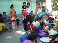 Asisbiz Mandalay Mount Popa Pagoda food stalls Dec 2000 01