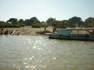 Asisbiz Mandalay to Mingun and back along Ayeyarwaddy river Dec 2000 13