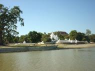 Asisbiz Mandalay to Mingun and back along Ayeyarwaddy river Dec 2000 16