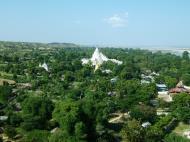 Asisbiz Mingun Myatheindan pagoda Dec 2000 04
