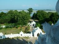 Asisbiz Mingun Myatheindan pagoda Dec 2000 06