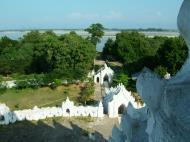 Asisbiz Mingun Myatheindan pagoda Dec 2000 07