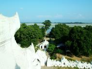 Asisbiz Mingun Myatheindan pagoda Dec 2000 09