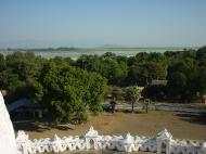 Asisbiz Mingun Myatheindan pagoda views Dec 2000 02