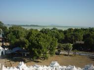 Asisbiz Mingun Myatheindan pagoda views Dec 2000 03