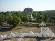 Asisbiz Mingun Myatheindan pagoda views Dec 2000 04