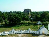 Asisbiz Mingun Myatheindan pagoda views Nov 2004 04