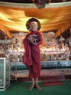 Asisbiz Parami Monks Jan 2010 01