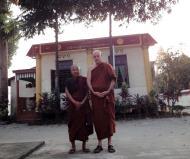 Asisbiz Parami Monks Jan 2010 02