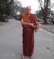 Asisbiz Parami Monks Jan 2010 03
