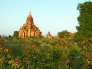 Asisbiz Bagan Payathonzu panoramic surrounds Nov 2004 25