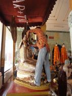 Asisbiz Shwebonpwint pagoda Buddha images Pazundaung Township 2010 03
