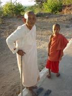 Asisbiz Monywa Po Win Taung Cave Nun and novice Area Dec 2000 02