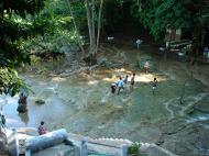 Asisbiz Pyin Oo Lwin Peik Chin Myaung Maha Nandamu Cave Dec 2000 03