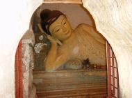 Asisbiz Pyin Oo Lwin main monastery Buddhas Dec 2000 02