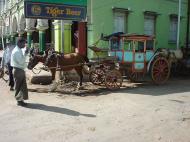 Asisbiz Pyin Oo Lwin town street scenes Dec 2000 01
