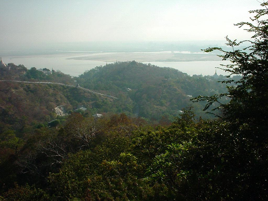 Ayeyarwady River from Sagaing Hill Dec 2000 01