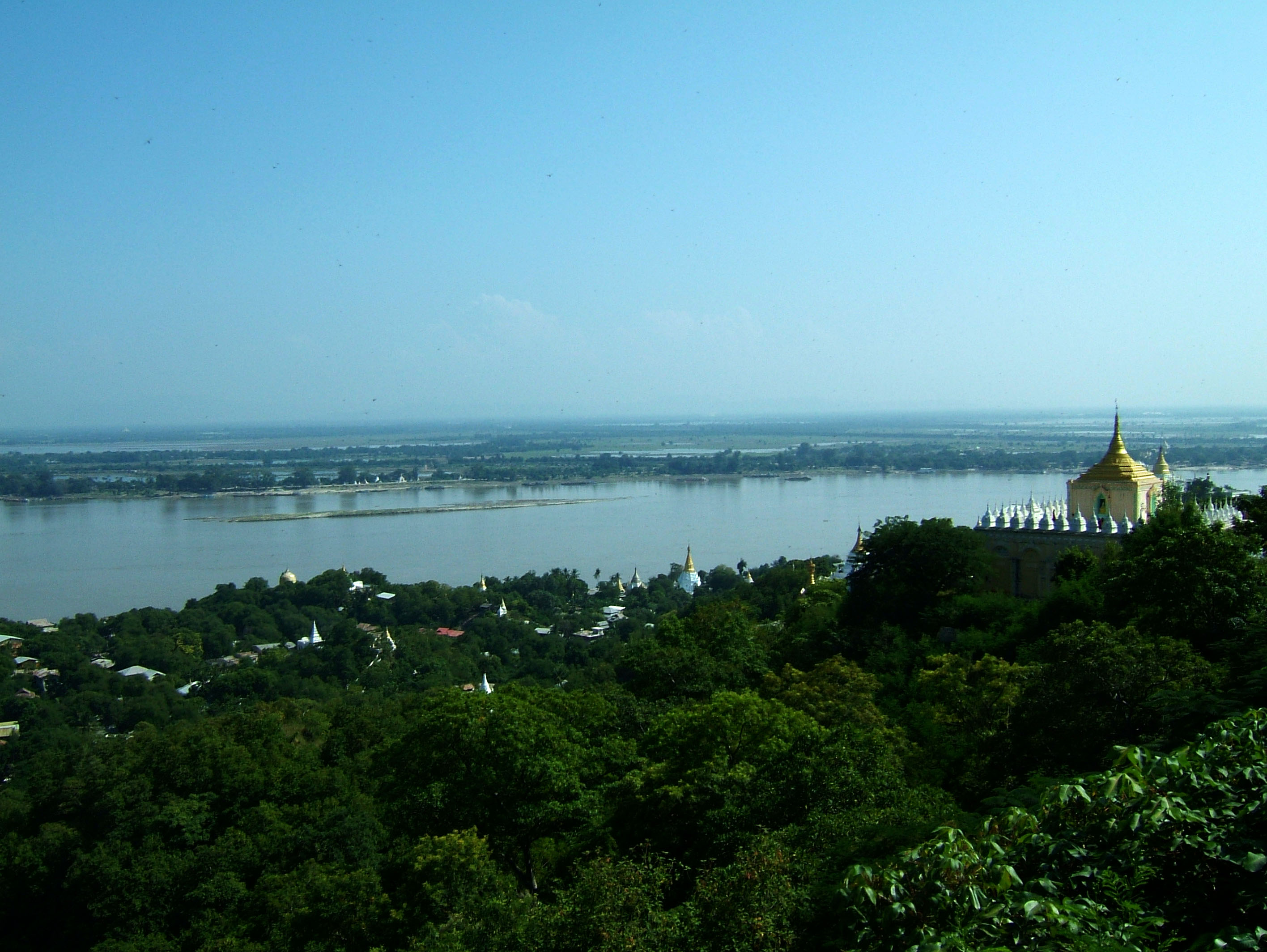 Ayeyarwady River from Sagaing Hill Nov 2004 05