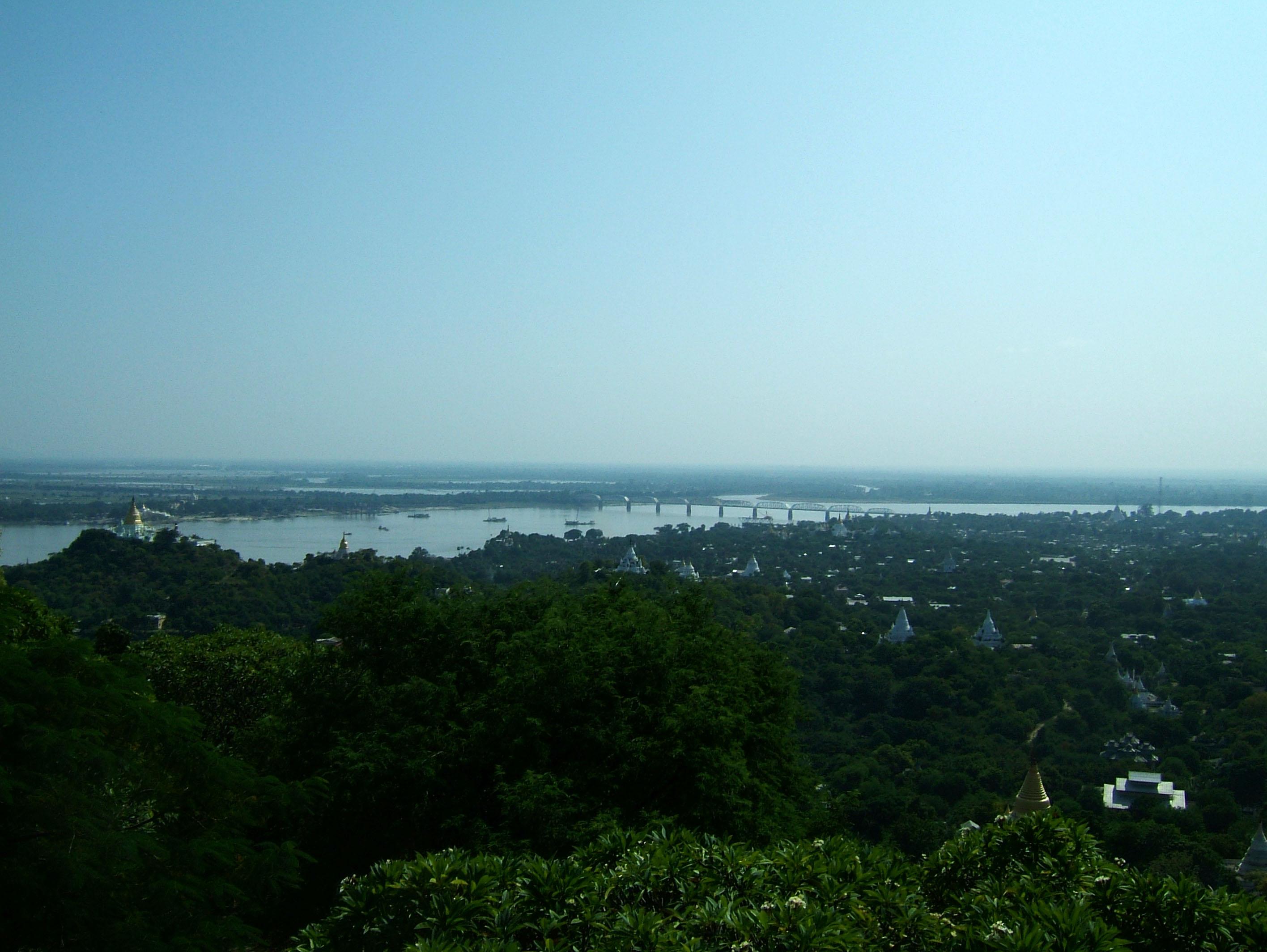 Ayeyarwady River from Sagaing Hill Nov 2004 06