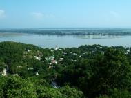 Asisbiz Ayeyarwady River from Sagaing Hill Nov 2004 01