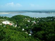 Asisbiz Ayeyarwady River from Sagaing Hill Nov 2004 03