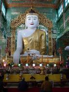 Asisbiz Sagaing Soon U Ponya Shin Pagoda Buddhas Dec 2000 01