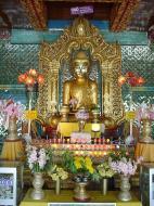 Asisbiz Sagaing Soon U Ponya Shin Pagoda Buddhas Dec 2000 04