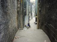 Asisbiz Monywa Shwe Ba Hill entrance Dec 2000 01