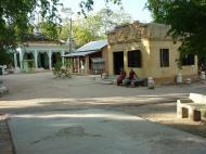 Asisbiz Monywa Shwe Ba Hill monastery grounds Dec 2000 03