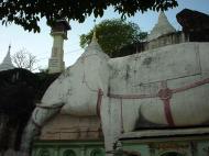 Asisbiz Monywa Shwe Ba Hill monastery grounds Dec 2000 04