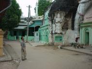 Asisbiz Monywa Shwe Ba Hill monastery grounds Dec 2000 06