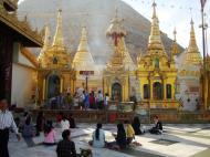 Asisbiz Myanmar Yangon Shwe dagon pagoda main patio Jan 2010 02