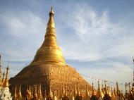 Asisbiz Myanmar Yangon Shwe dagon pagoda main patio Jan 2010 05