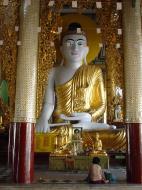 Asisbiz Myanmar Yangon Shwedagon Pagoda Buddhas Dec 2000 04