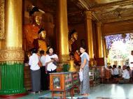 Asisbiz Myanmar Yangon Shwedagon Pagoda Buddhas Oct 2004 03