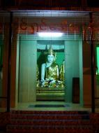 Asisbiz Myanmar Yangon Shwedagon Pagoda Buddhas Oct 2004 08