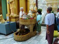Asisbiz Myanmar Yangon Shwedagon Pagoda Monday Corner Oct 2004 01