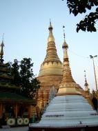 Asisbiz Myanmar Yangon Shwedagon Pagoda Oct 2004 21
