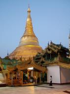 Asisbiz Myanmar Yangon Shwedagon Pagoda Oct 2004 26